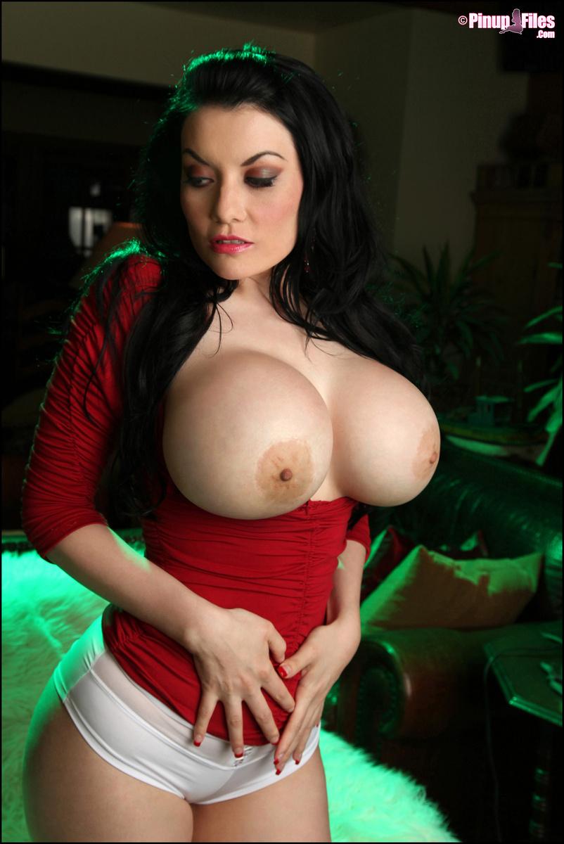 Big boob gallery mature