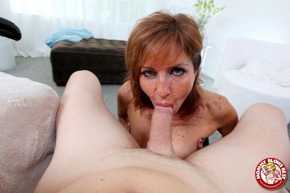 Big tits and big lips