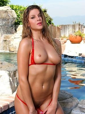 Monica sweetheart bikini riot
